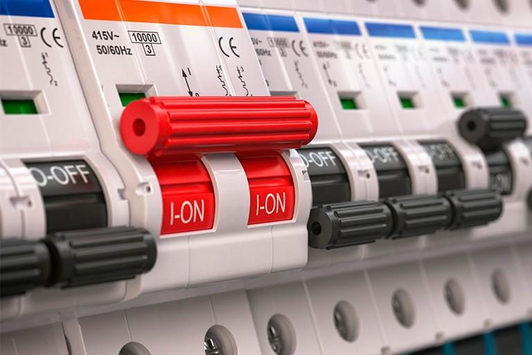 Reparación de averías electricidad