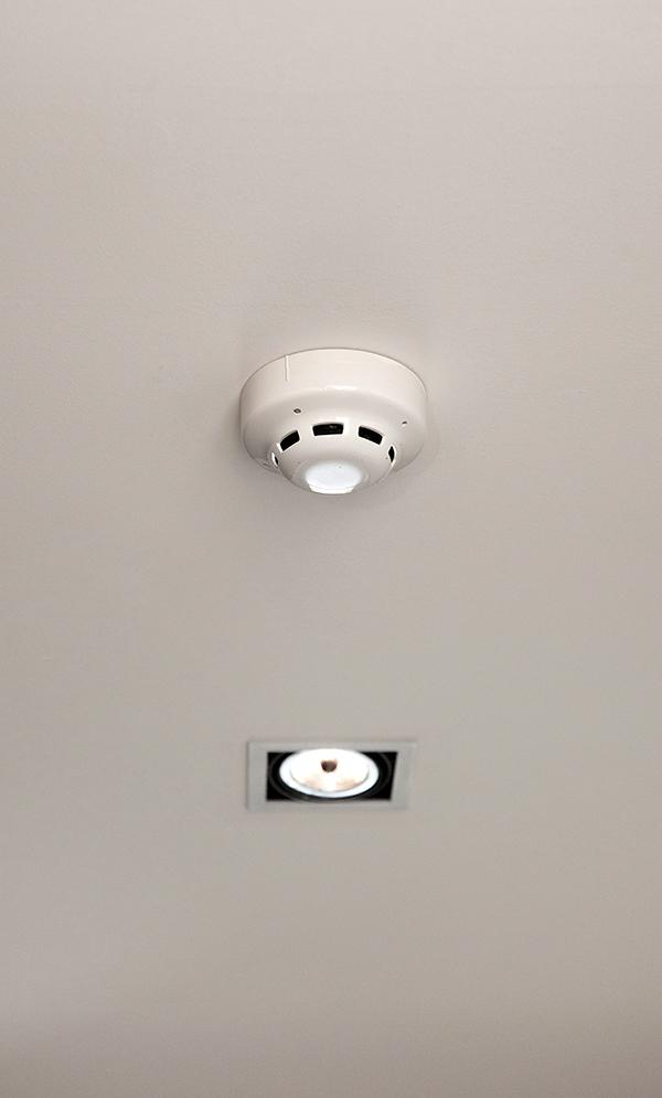 Inocencio Instal·lacions - Reparació d'avaries elèctriques i de lampisteria a Vilanova - Reparación de averías eléctricas y de fontanería en Vilanova